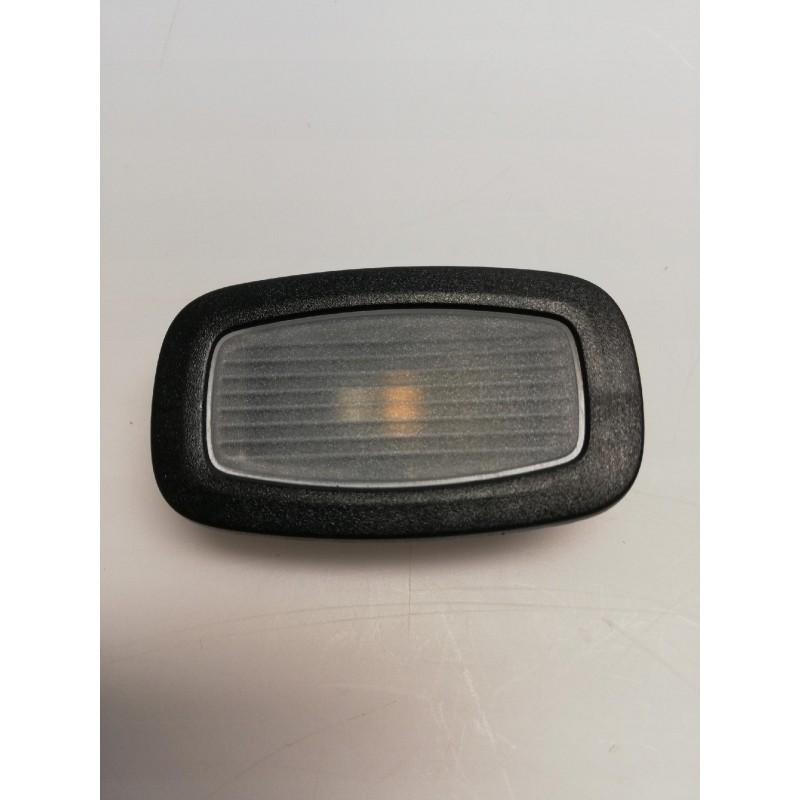 LAMPKA OŚWIETLENIE KABINY MERCEDES A0009065107